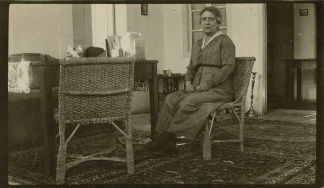 Henrietta Szold at home in Jerusalem, circa 1922. (Courtesy of the American Jewish Historical Society)