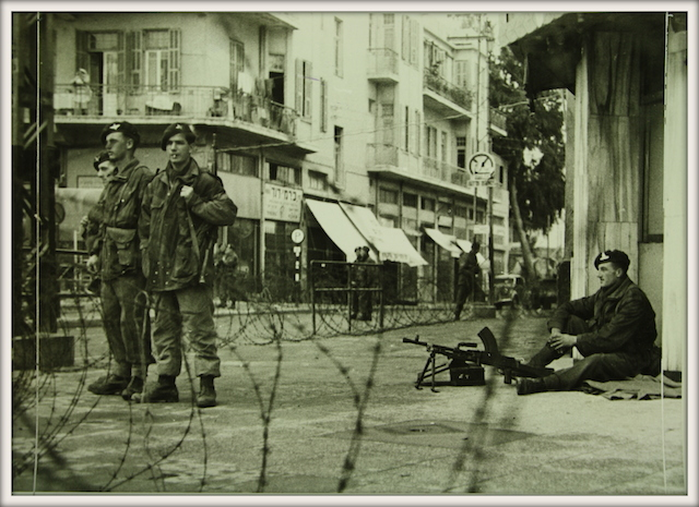 British paratroopers enforce curfew in Tel Aviv following the King David Hotel bombing, July 1946. (Wikimedia Commons)