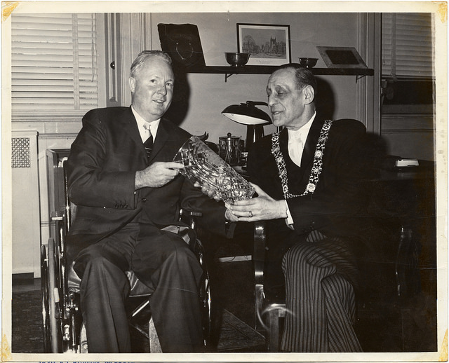 Dublin Mayor Robert Briscoe (right) meets with Boston Mayor John Collins in 1962. (City of Boston Archives/Flickr)