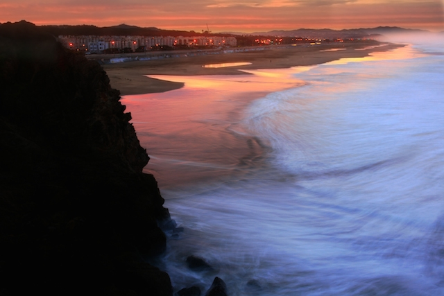 Ocean_Beach_in_San_Francisco_at_sunrise