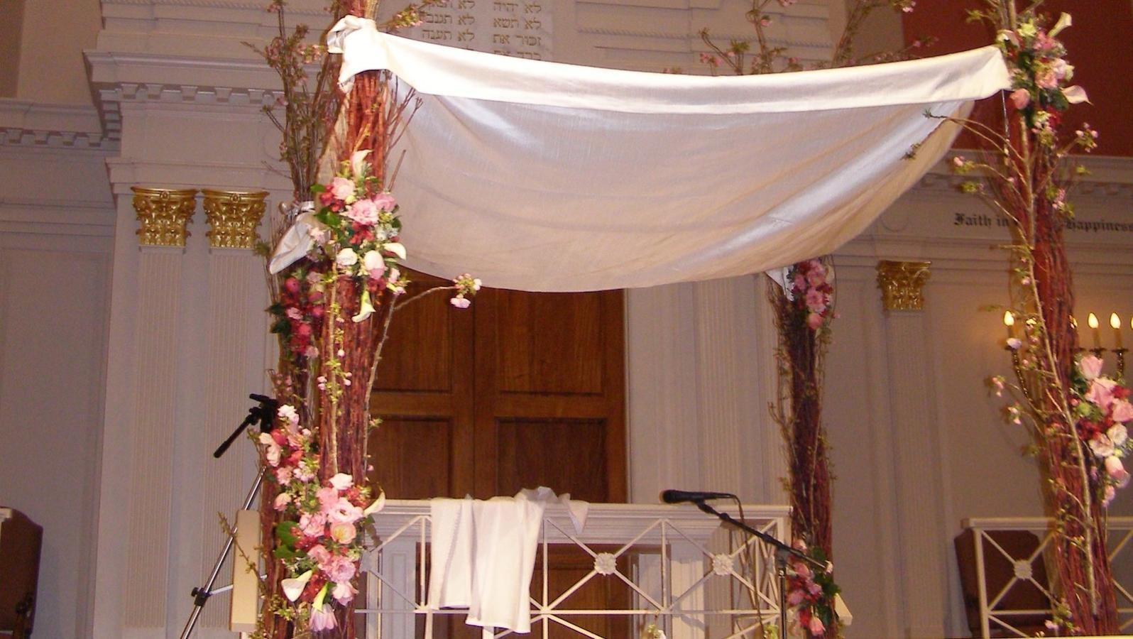 & The Huppah (Chuppah): What You Need to Know | My Jewish Learning
