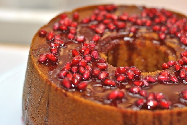honey-pomegranate-cake-1
