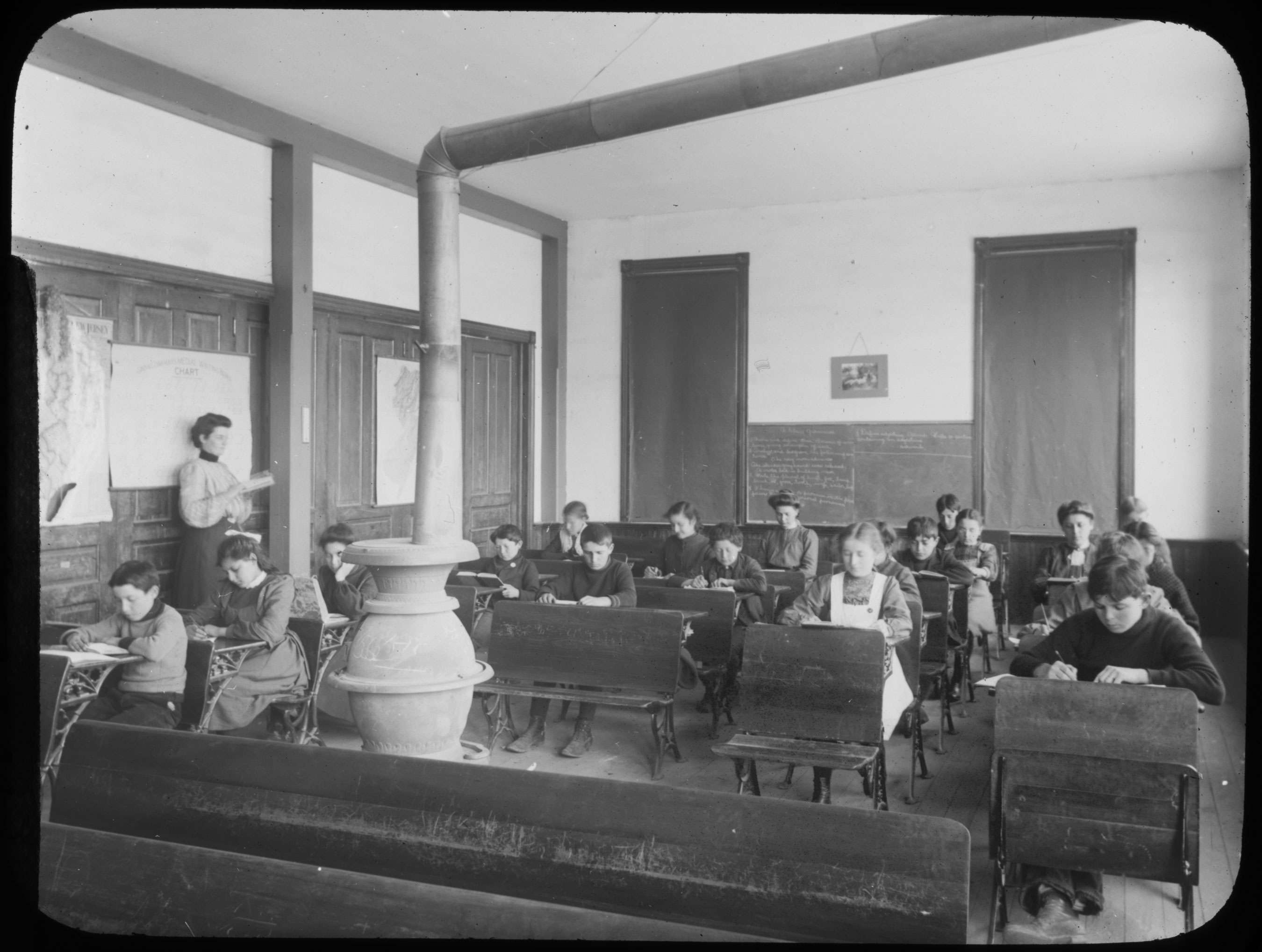School room in Woodbine, New Jersey, ca. 1900. Courtesy of American Jewish Historical Society