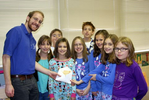 Dan with TIRS 5th grade class-edit