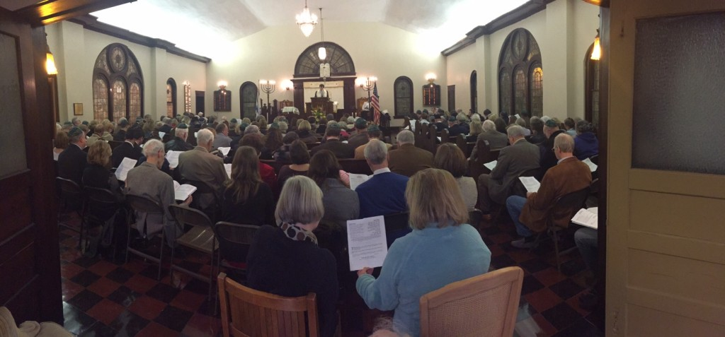 A full sanctuary at our shul