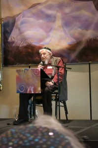 Reb Zalman at Ohalah rabbinic conference, 2014 (courtesy Rabbi Rachel Barenblat)