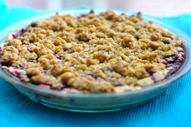 berry crumble pie1