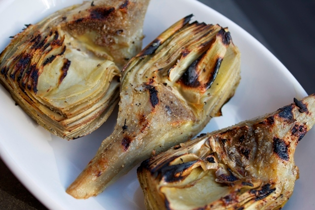 grilled artichokes 1