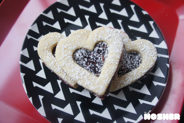 linzer-cookies1-stamp