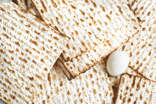 matzah and egg