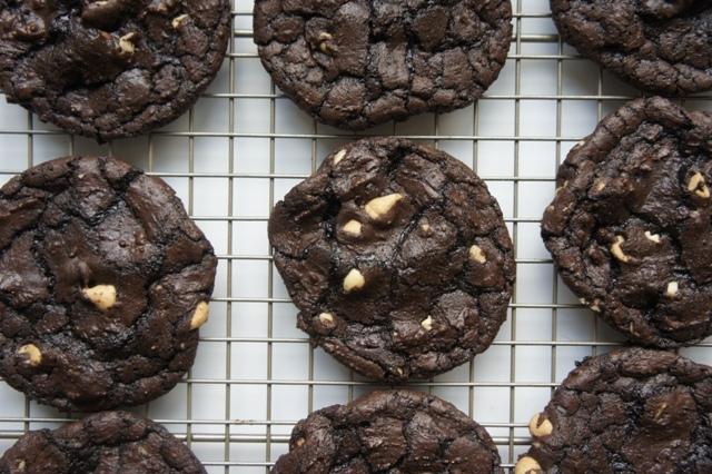 salty peanut butter cookies