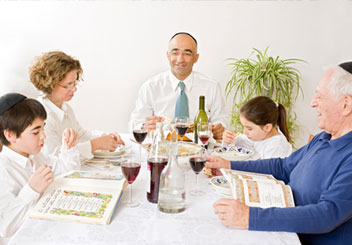 a family passover seder