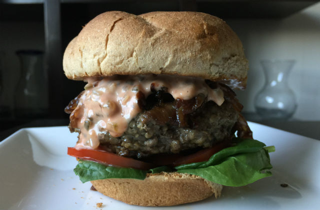 ultimate kosher burger with fixins
