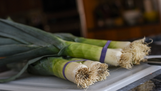 uncleaned leeks for soup1