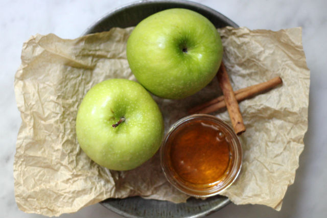 apples and honey1