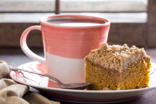 pumpkin crumb cake main