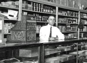 Hyman Pinsky by the register in 1910, Ruleville, MS
