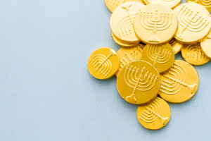 hannukah chanukah gelt chocolate coins
