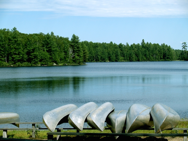 summer camp canoes lake