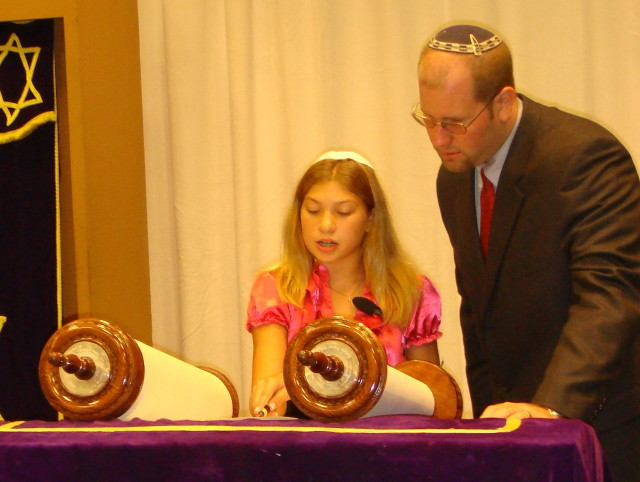 Rabbi Talks to Bat Mitzvah Girl
