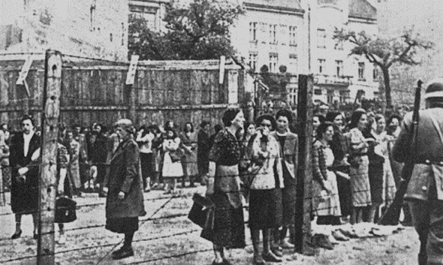 Women in the Lvov ghetto in spring 1942. (Wikimedia Commons)