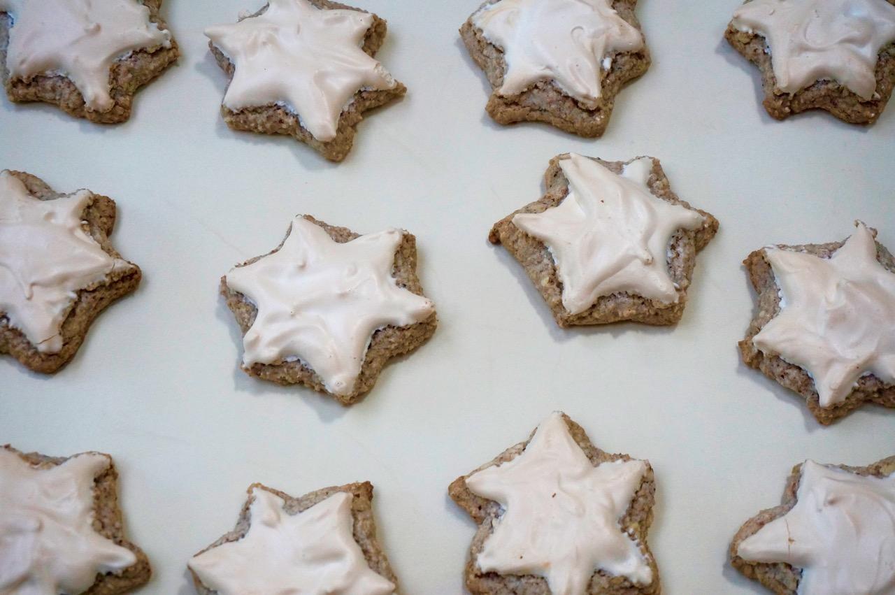 Zimtsterne Star Cookie For Yom Kippur Break Fast The Nosher