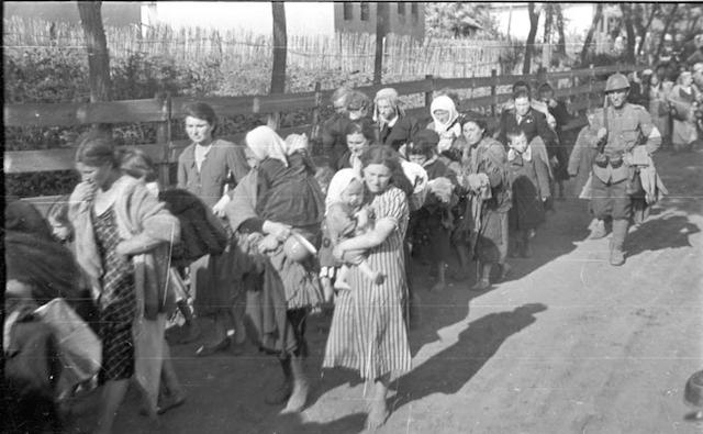 Jewish women being deported in Russia in July 1941. (Wikimedia Commons/German Federal Archive)