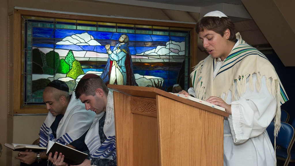 Must know yom kippur words and phrases my jewish learning yonina creditor a jewish chaplain leads sailors in prayer during a yom kippur service sept 25 2012 us navywilliam pittman m4hsunfo
