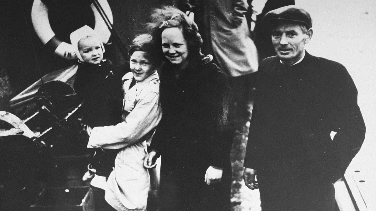 a timeline of the holocaust my jewish learning jewish refugees are ferried out of aboard danish fishing boats bound for sweden 1943 united states holocaust memorial museum