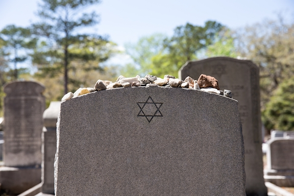 , A Guide to Funeral Traditions Of Different Religions!