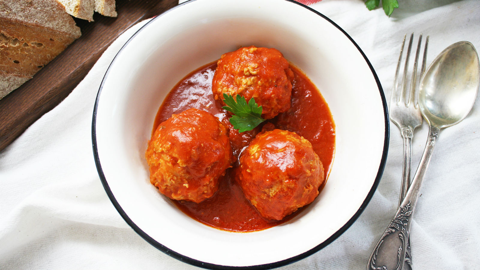 These Russian Meatballs Are the Ultimate Comfort Food