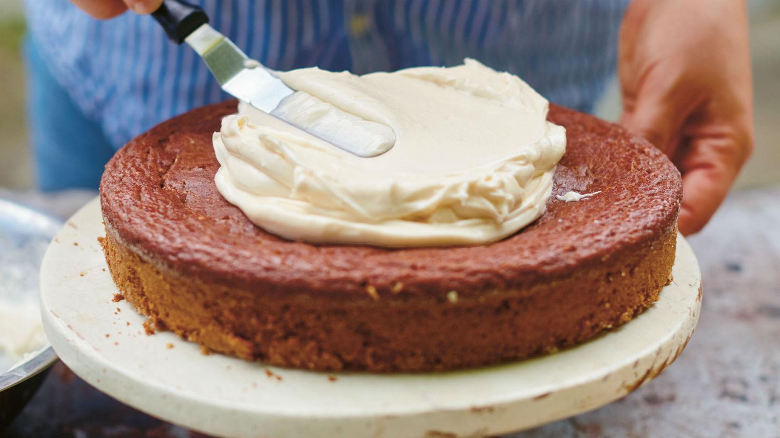 Applesauce Cake with Cream Cheese & Honey Frosting Recipe | The Nosher