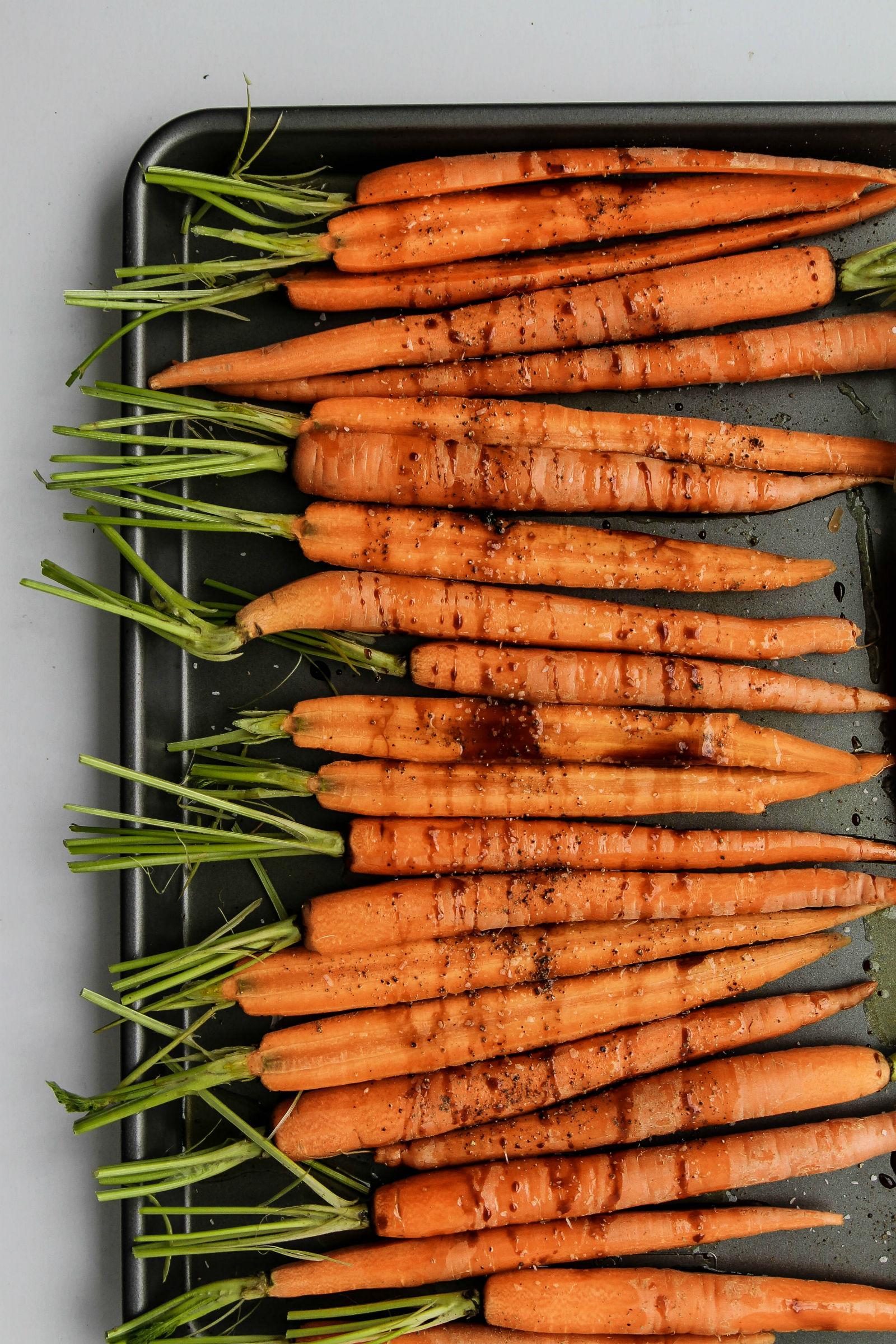 Pomegranate Roasted Carrots with Sumac Recipe