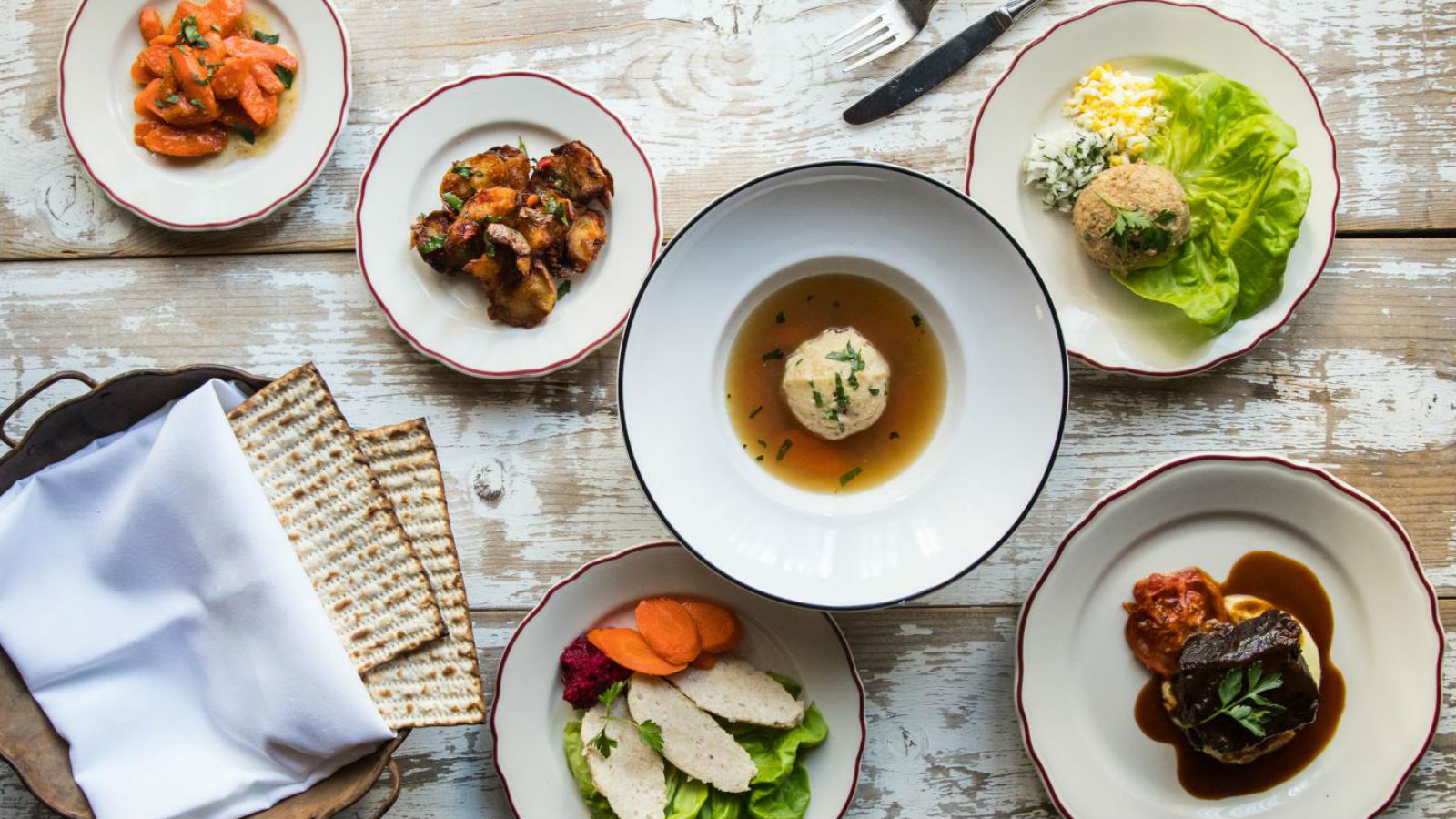 21 Restaurants Hosting Passover Seders Across the Country