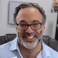 Menachem Creditor Headshot