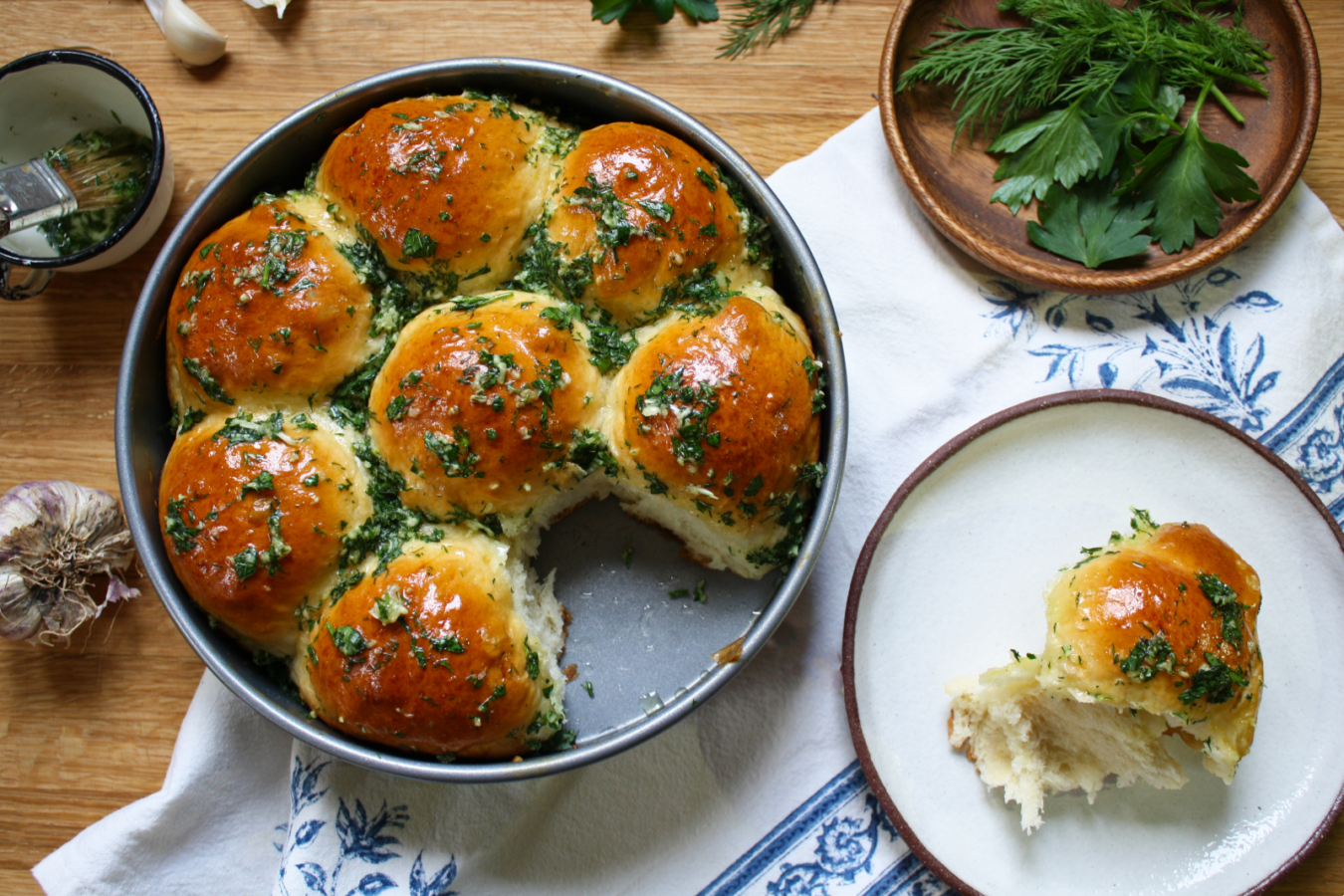 Pampushky Are the Ukrainian Garlic Bread Rolls You`ve Always Wanted